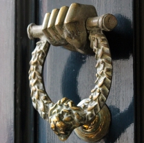 detail_knocker