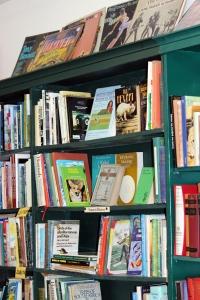 lb_bookshelf